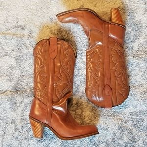 NWOT CAPEZIO LEATHER TAN COWGIRL WESTERN BOOTS